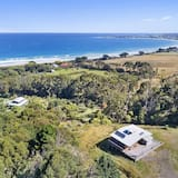 Spring House - Spectacular views of the ocean and beach