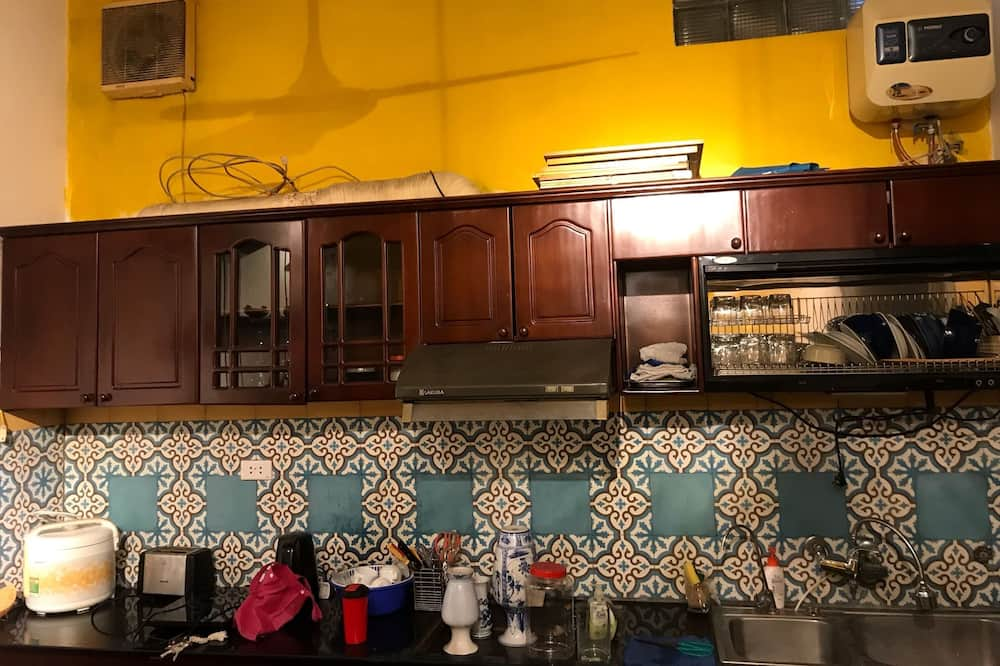 Double or Twin Room (Rooftop) - Shared kitchen
