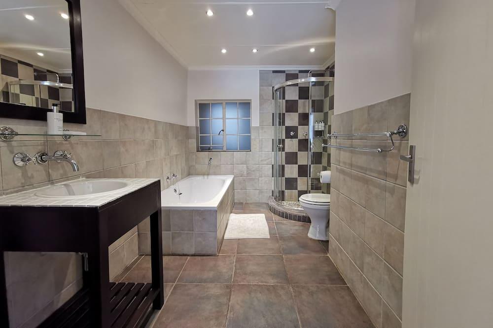 Room, Ensuite - Bathroom