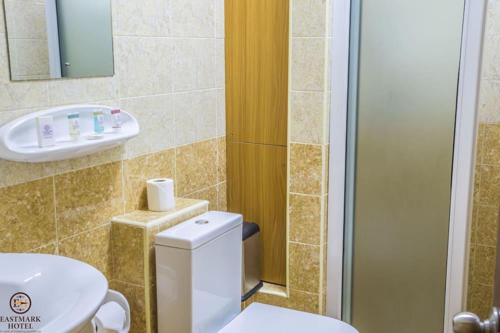 Standard Double Room - Bathroom