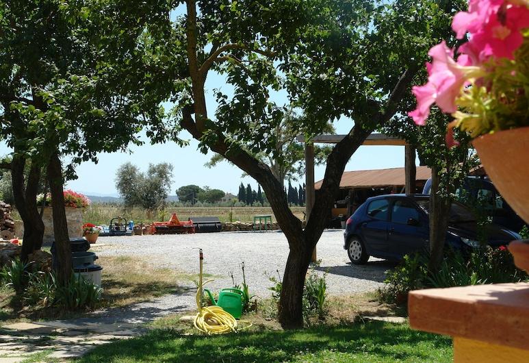 Isola di Silvia, Piombino, שטחי הנכס
