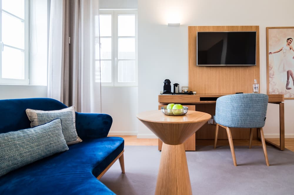 Izba typu Deluxe s dvojlôžkom alebo oddelenými lôžkami - Obývacie priestory