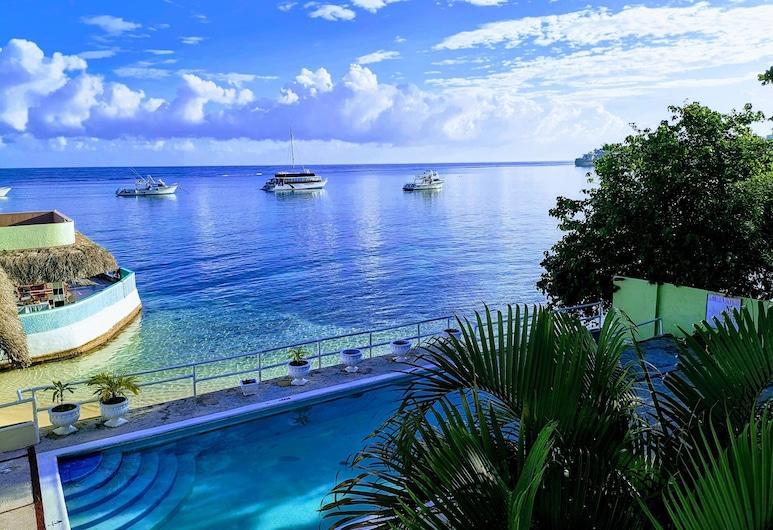 Ocean Palms Resort, Ocho Rios, Vista a partir do Hotel