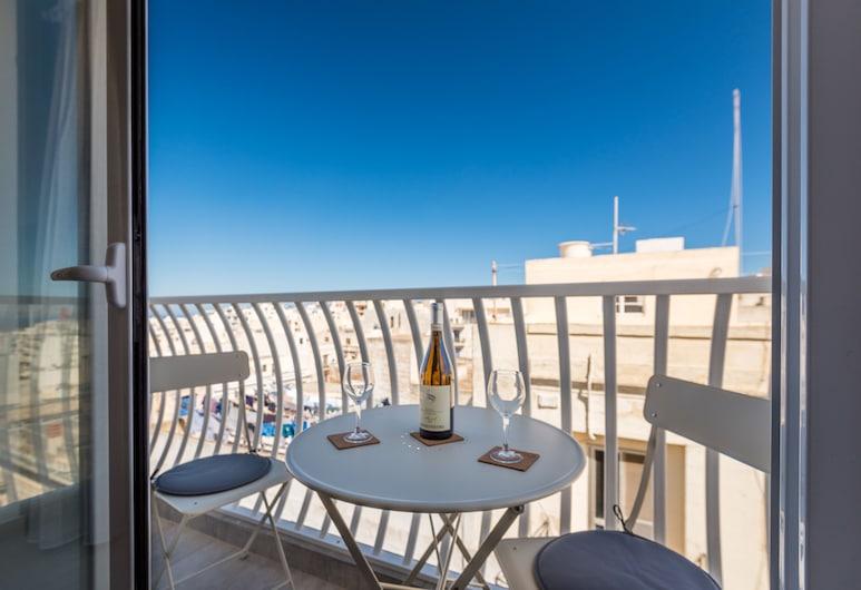 Yellow Pearl Apartments, Mellieha, Departamento familiar, 2 habitaciones, vista al mar, Balcón