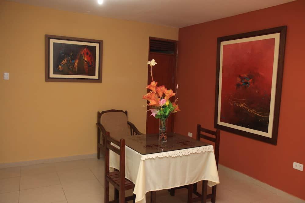 Habitación ejecutiva - Servicio de comidas en la habitación