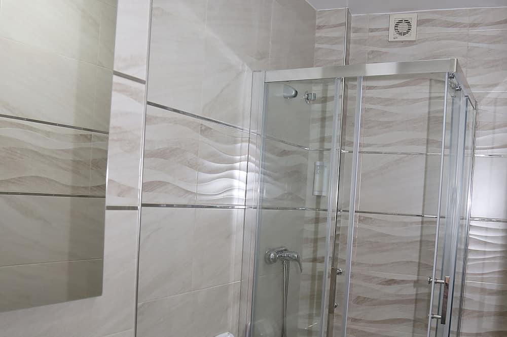 Četverokrevetna soba, privatna kupaonica - Kupaonica