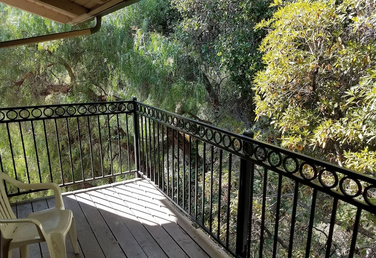Olive Tree Inn & Suites, San Luis Obispo, Apartament tradycyjny typu Suite, 3 sypialnie, Taras/patio