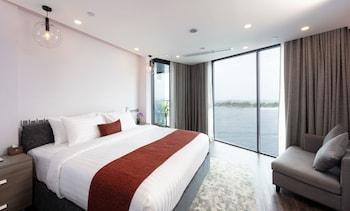 Foto Maagiri Hotel di Male