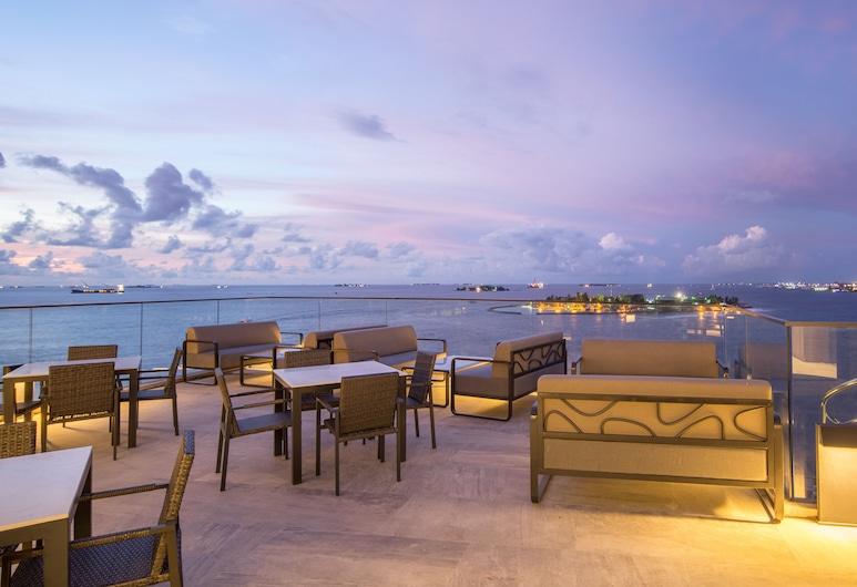 Maagiri Hotel, Malé, Terassi/patio