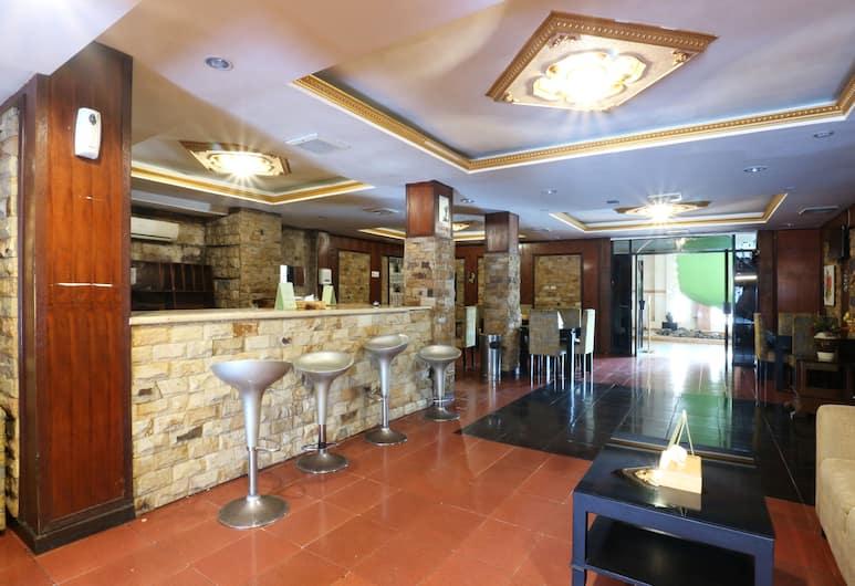Jambrut Inn, Jakarta, Hotel Bar