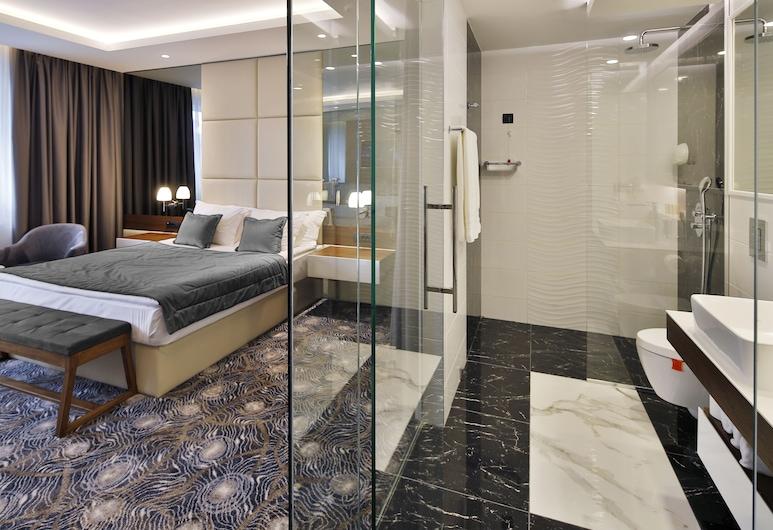 Sky hotel, Belgrad, Superior Double Room with Free Parking, Oda