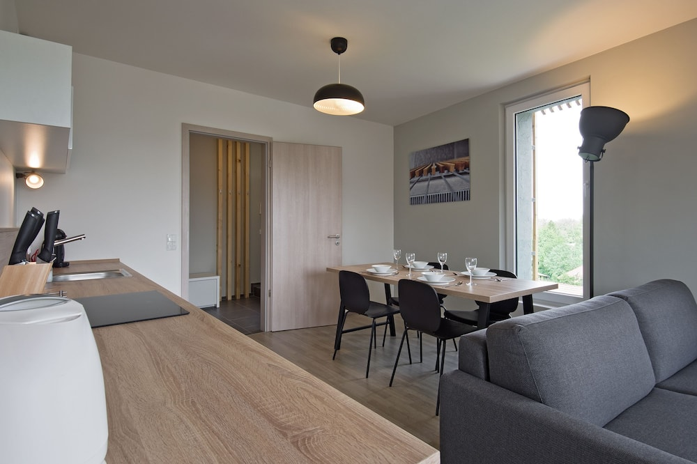 Apartment, 1 Bedroom, Lake View - Room