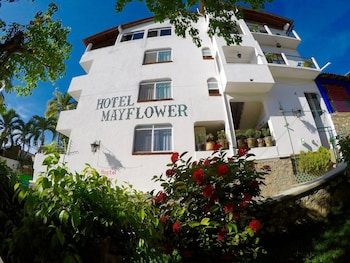 Picture of Youth Hostel & Hotel Mayflower in Puerto Escondido