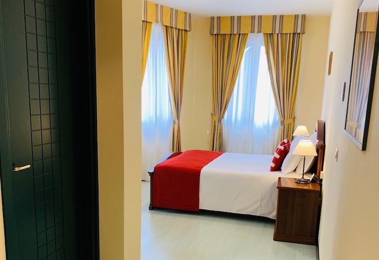 Albergo Italia, Fossalta di Piave, Pokój dwuosobowy z 1 lub 2 łóżkami, Pokój