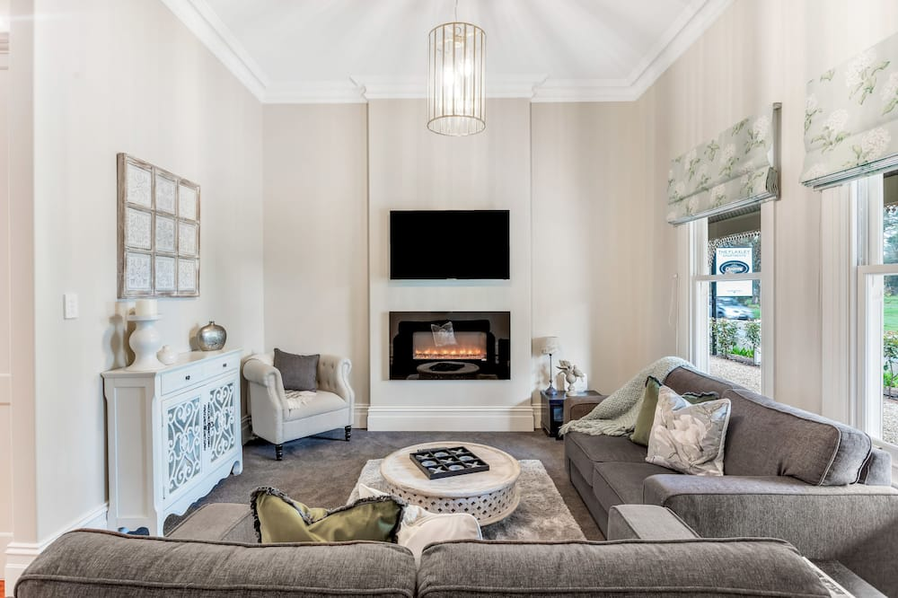 Căn hộ Premium, Nhiều giường - Khu phòng khách