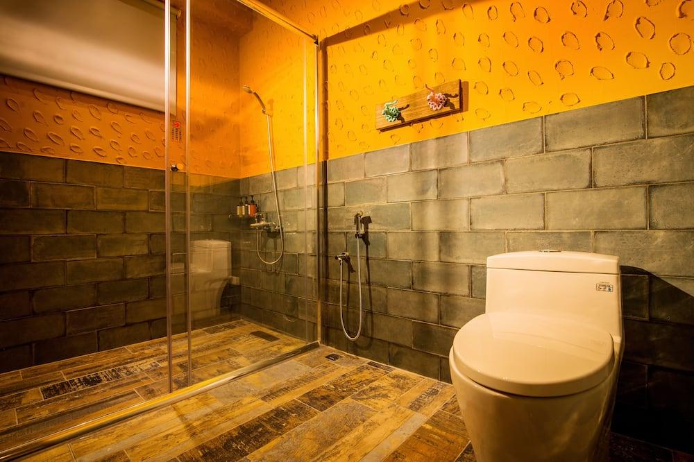 Chambre Double Élite, 2 lits une place - Douche de la salle de bain