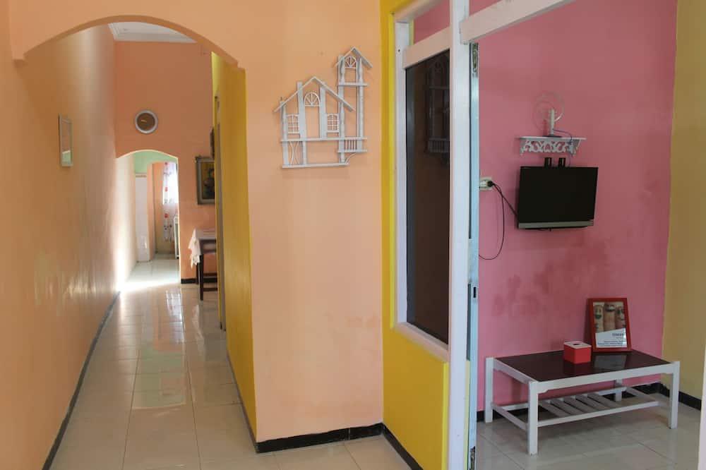 Basic Villa, 2 Bedrooms, Non Smoking, Kitchen - Living Area