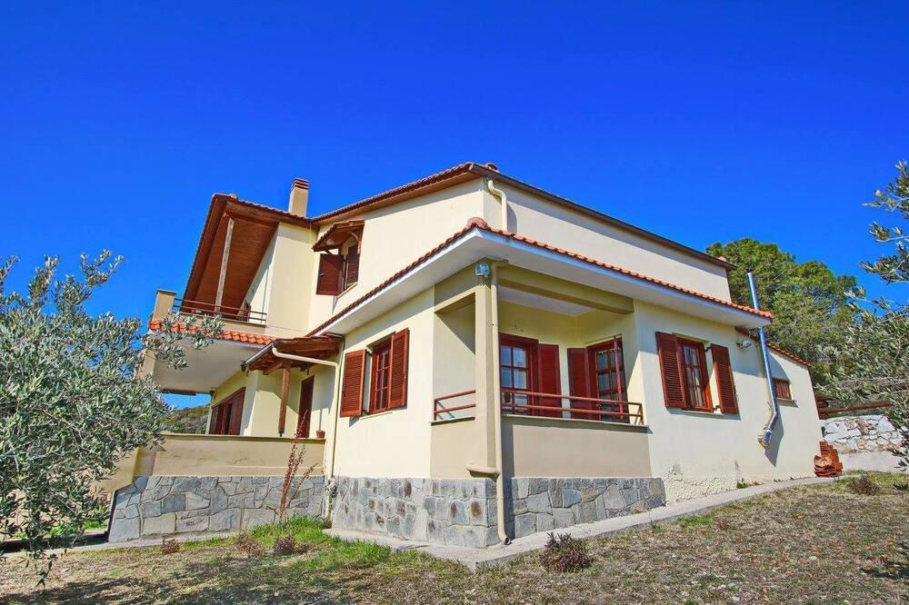 Pantso Villa