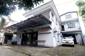 A(z) RedDoorz Plus near Undip Tembalang hotel fényképe itt: Semarang