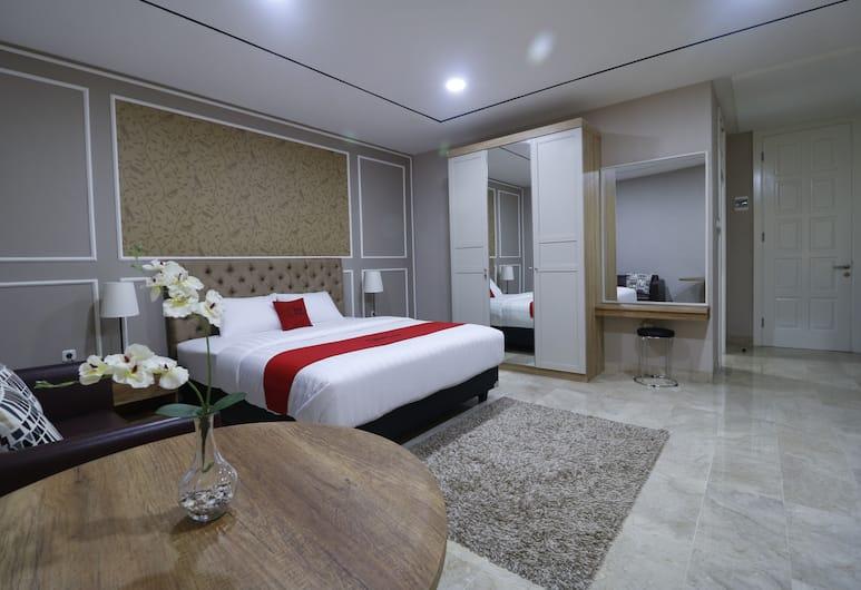 RedDoorz Premium near RS Pondok Indah, Jakarta, Double Room, Guest Room