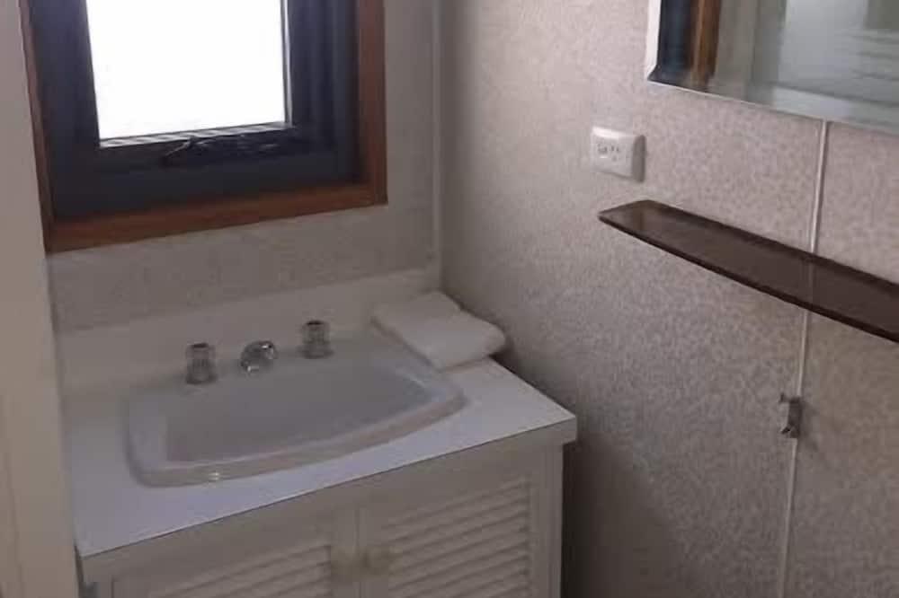 Apartmán, 2 spálne - Umývadlo v kúpeľni