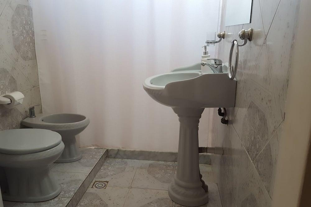 家庭房, 公共浴室 - 浴室