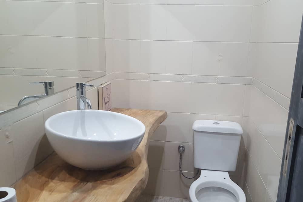 双人房, 公共浴室 - 浴室