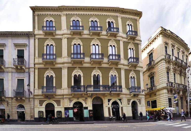 Art Fashion House Luxury Rooms, Catania, Esterni