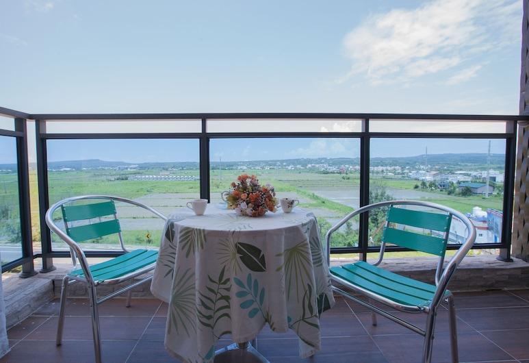 松平渡假會館, 恆春鎮, A202雙人山景套房, 陽台