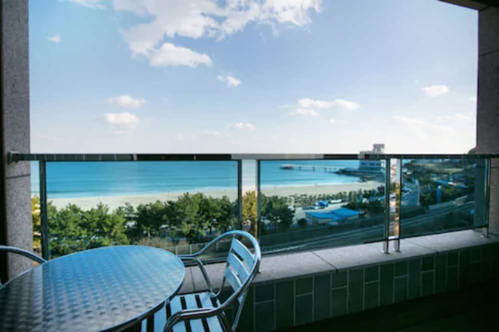 Deluxe Twin Room, Sea View - Balcony