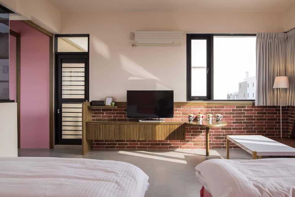 Komforta četrvietīgs numurs, 2 divguļamās gultas - Dzīvojamā zona