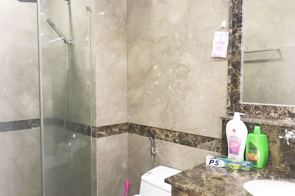Apartment, 2 Bedrooms (Sunrise City) - Bathroom