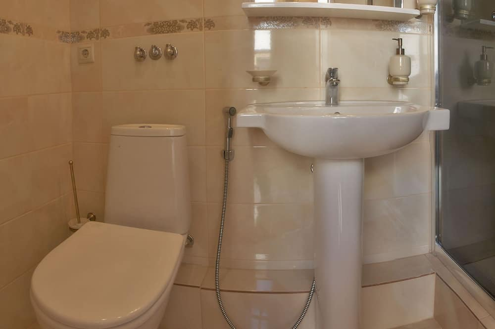 豪華公寓, 露台 - 浴室