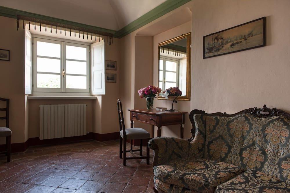 Junior Suite (Castello) - Living Area