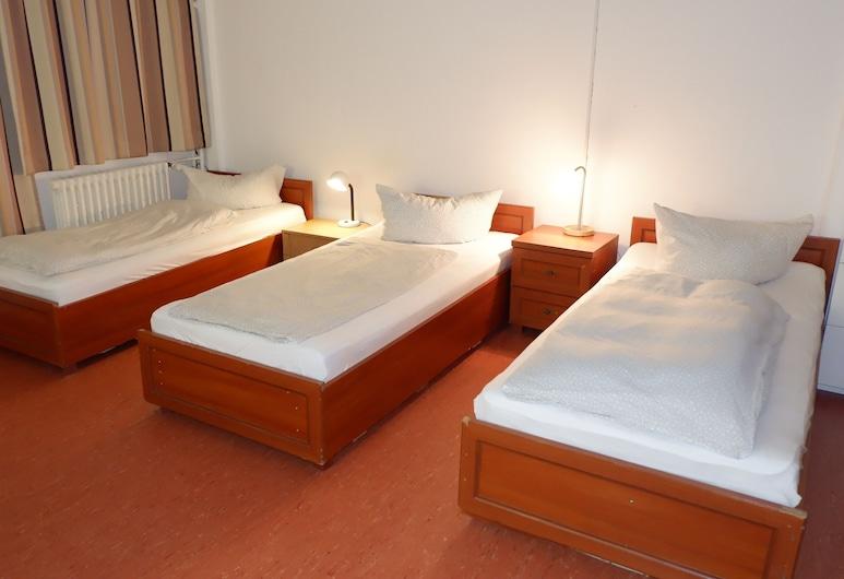 Hostel am Kurtti, Berlin, Classic-Vierbettzimmer, Zimmer