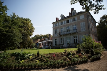 伊維特河畔比爾聖母城堡酒店的圖片