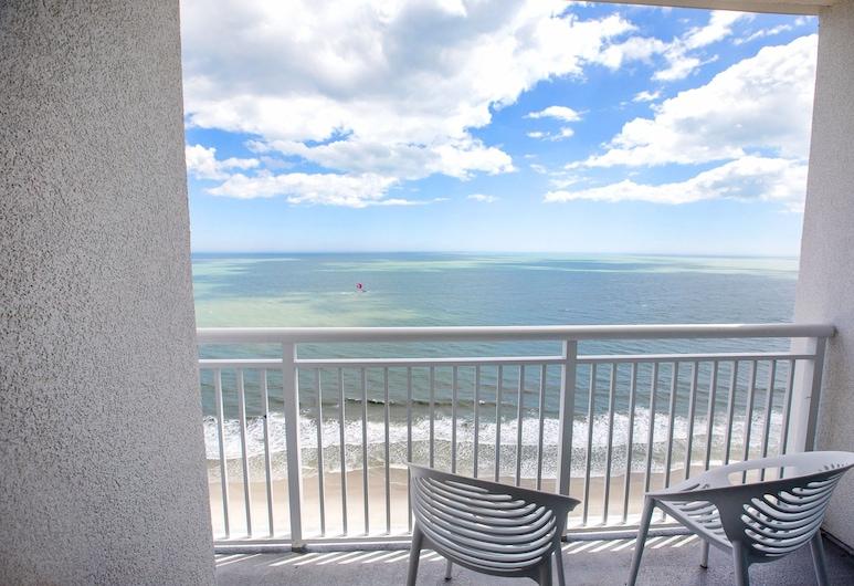 South Bay Inn & Suites, Myrtle Beach, Oceanfront Junior Queen Suite with Sofa Bed, Balcony