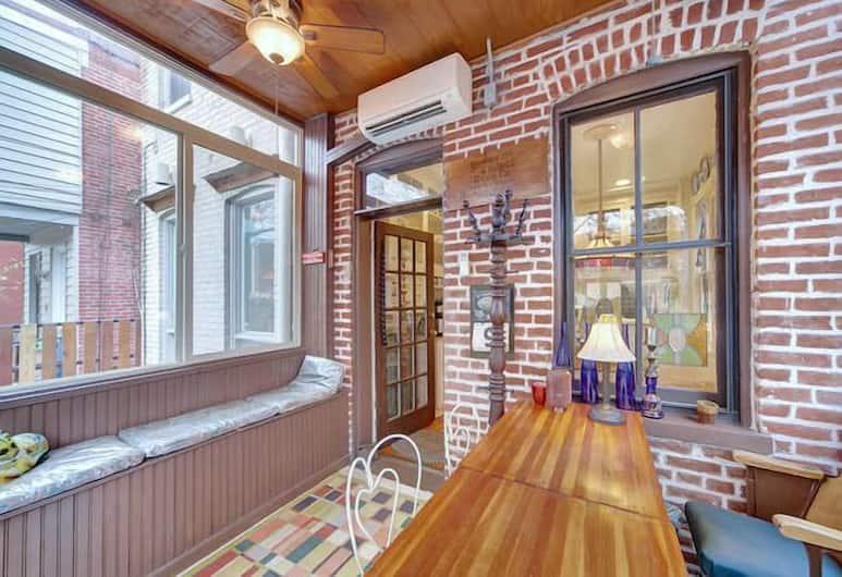 134 Southeast Townhome #1025 - 2 Br Townhouse, Washington, Ridamaja, 2 magamistoaga, Vaade toast