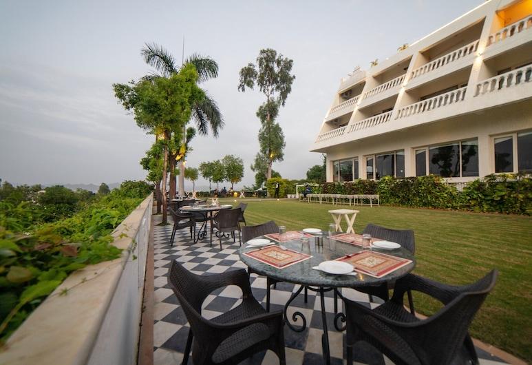 Hotel Hilltop Palace, Udaipur, Udendørs spisning