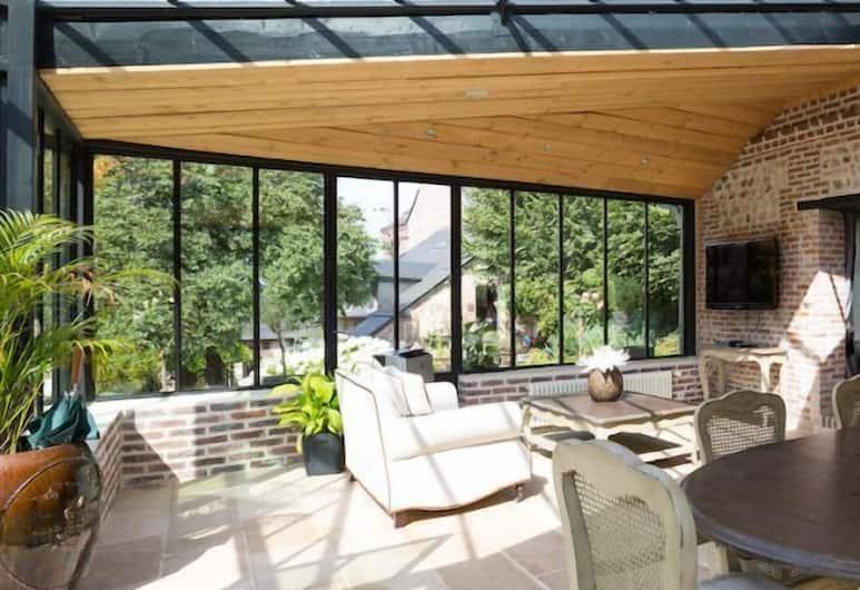 La Maison Du Parc, Honfleur, Cottage (Orangerie), Living Area
