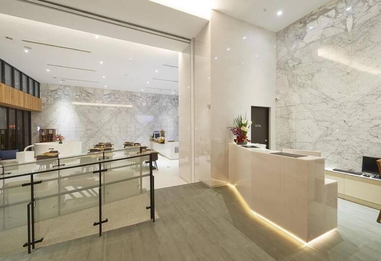 Hotel Z, 台中市, 櫃台