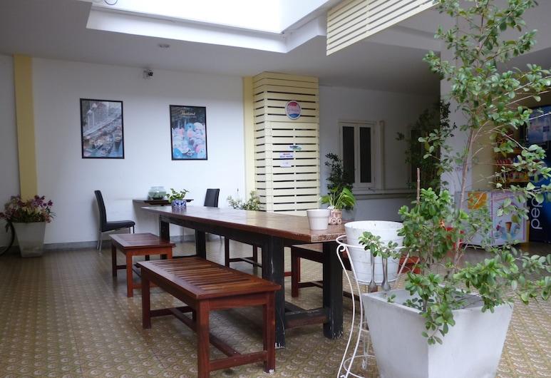 スリ クルンテープ ホテル, バンコク, ロビー応接スペース