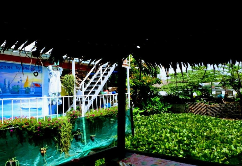 New Phiman Riverview Guesthouse - Hostel, Bangkok, Teras/Veranda
