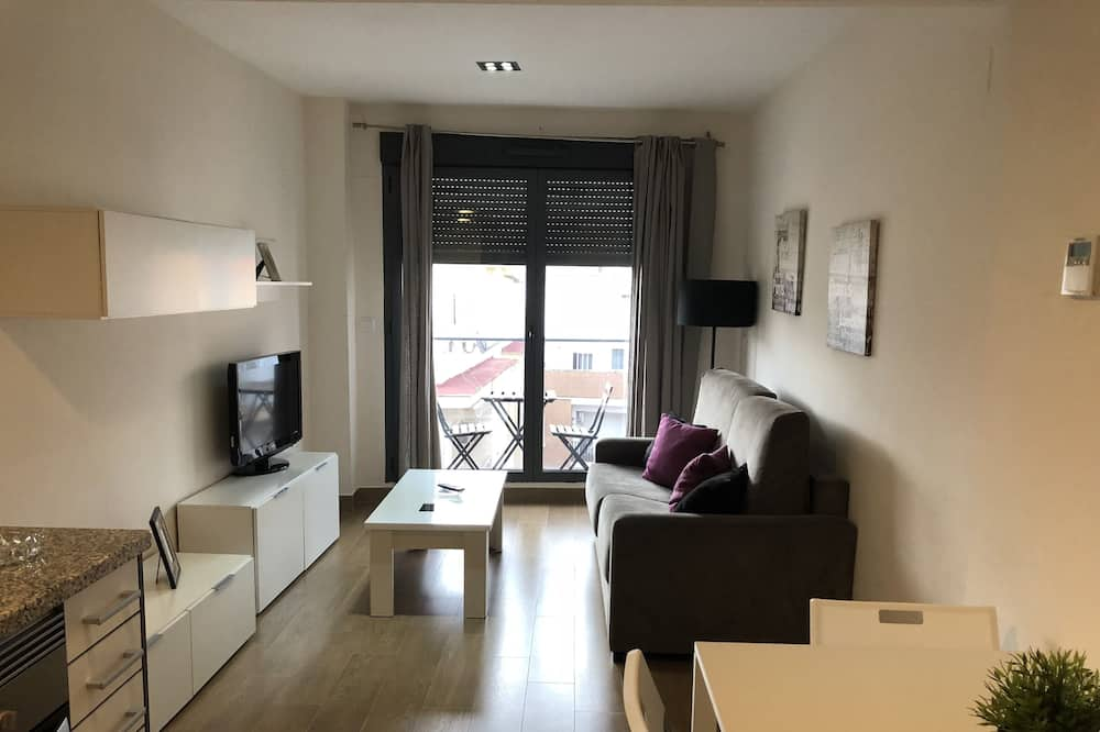 Superior Apartment, 2 Bedrooms, Balcony - Living Room