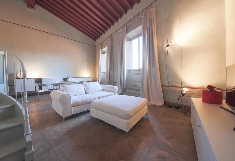 Ricasoli Terrace, Florence, Interior