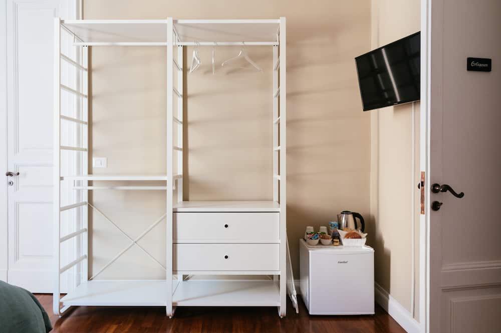 Deluxe Double Room, Balcony - Mini Refrigerator