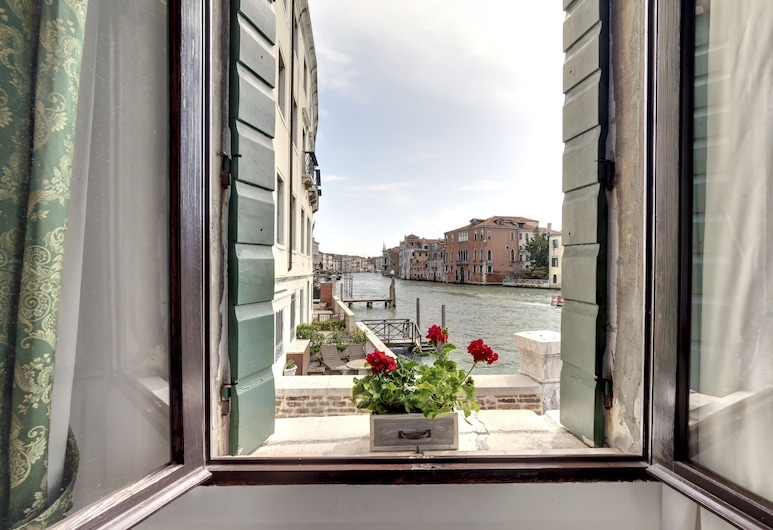 Grand Canal 1, Venice, Apartment, 2 Bedrooms, View from room