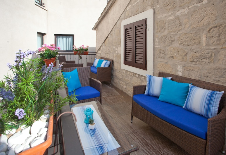 Villa Toni Design Apartments, Split, Terasa/trijem