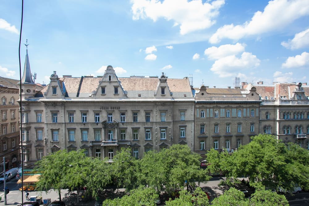 Grand Loft Design - Street View