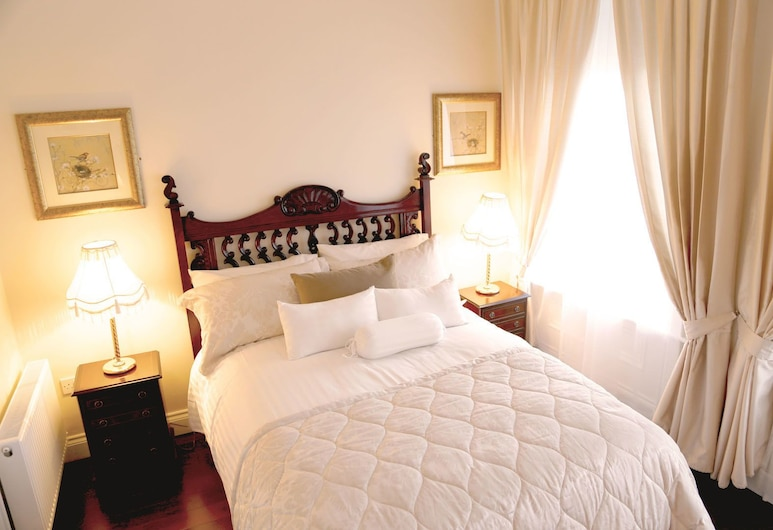Number 8 The Townhouse, Londonderry, Deluxe Room, City View, Guest Room